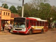 Bus from Foz de Iguacu to Puerto Iguacu (Brazil to Argentina)