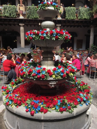 Fountain decorated for the Quito festival of Independence